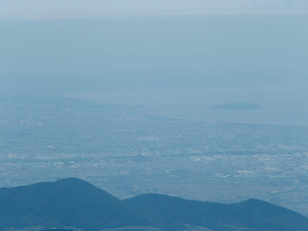 鍋割山からの江の島