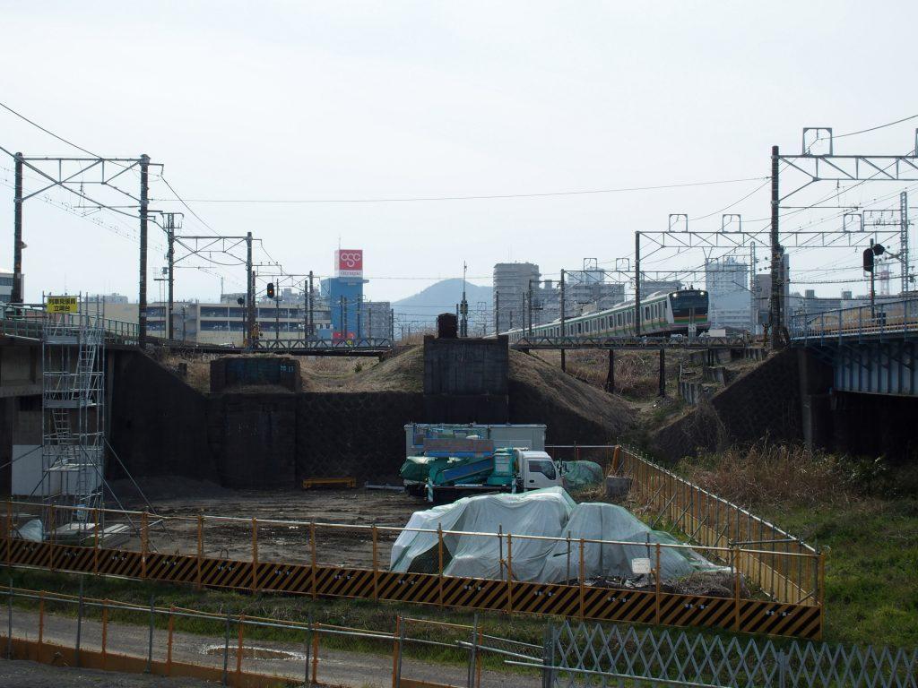 平塚側の橋台