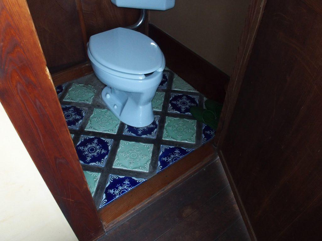 トイレのタイルが凝っている