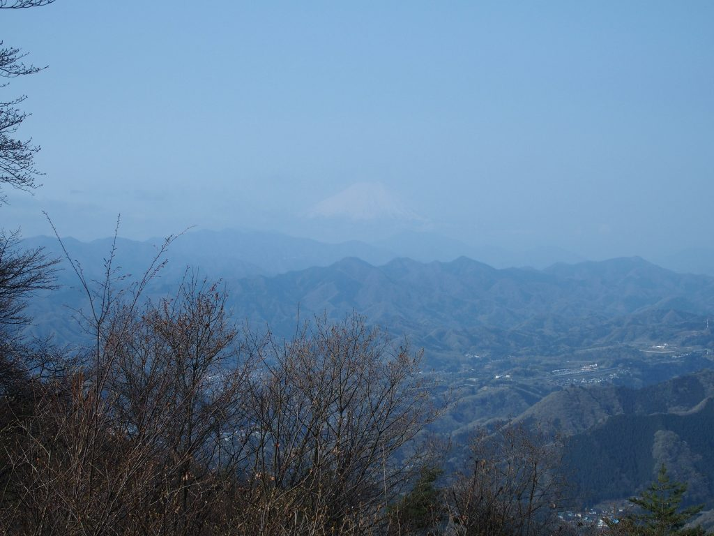 三国峠からの富士山