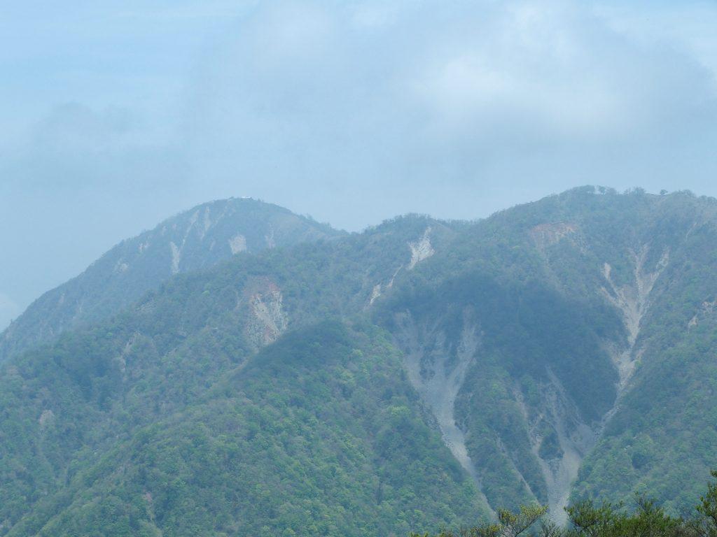丹沢山から蛭ヶ岳までの稜線