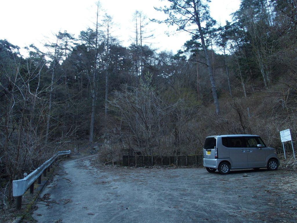 山小屋関係者の駐車スペース