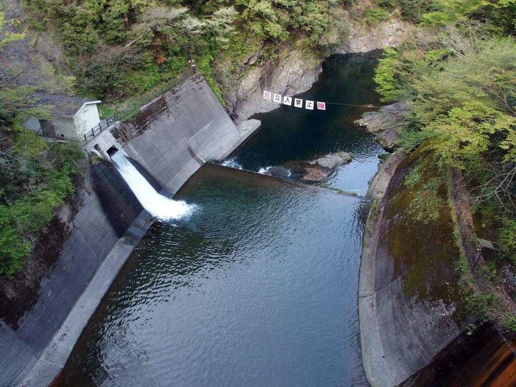 道志ダム発電所