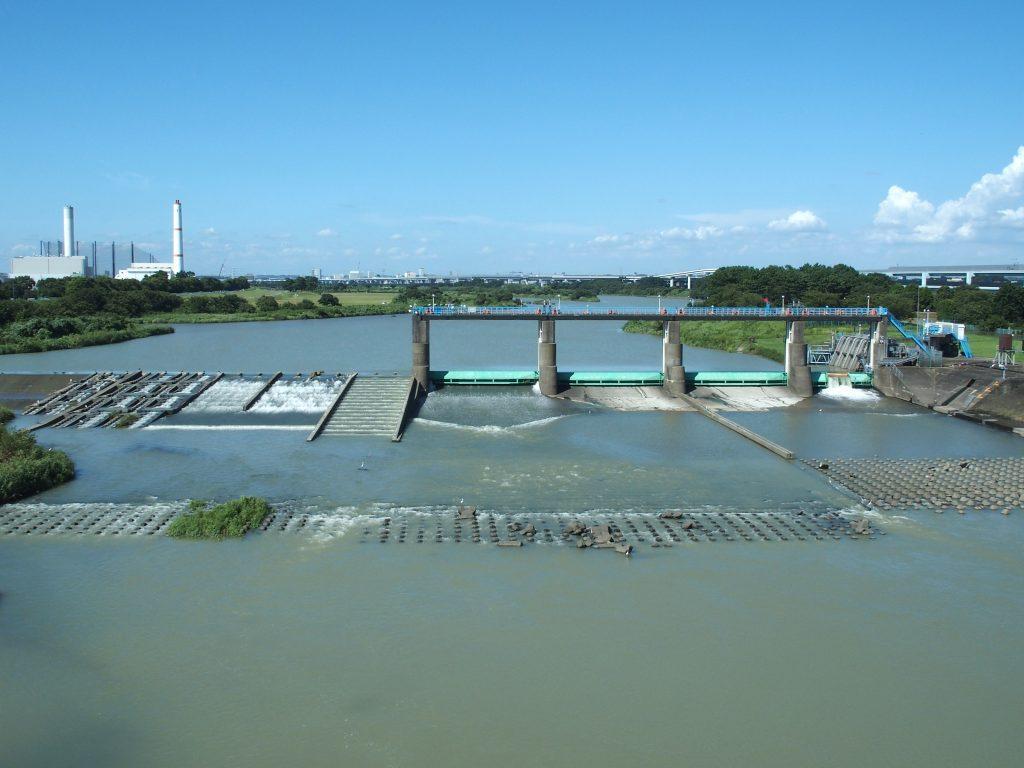 取水堰の構造