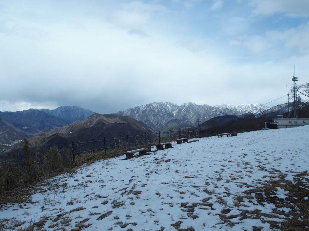 塔ノ岳まで視界に入る