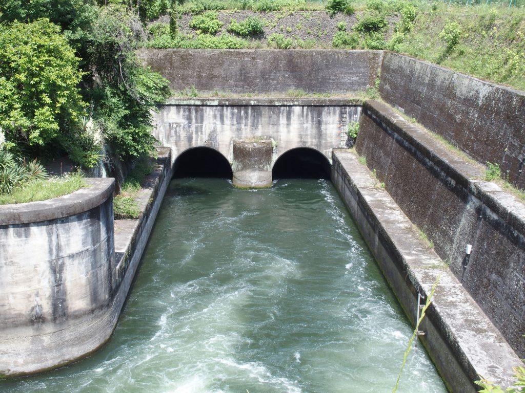 使用後の水を相模川に放流
