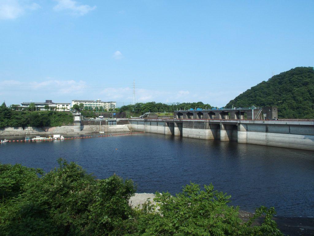 取水塔は城山ダムの直近
