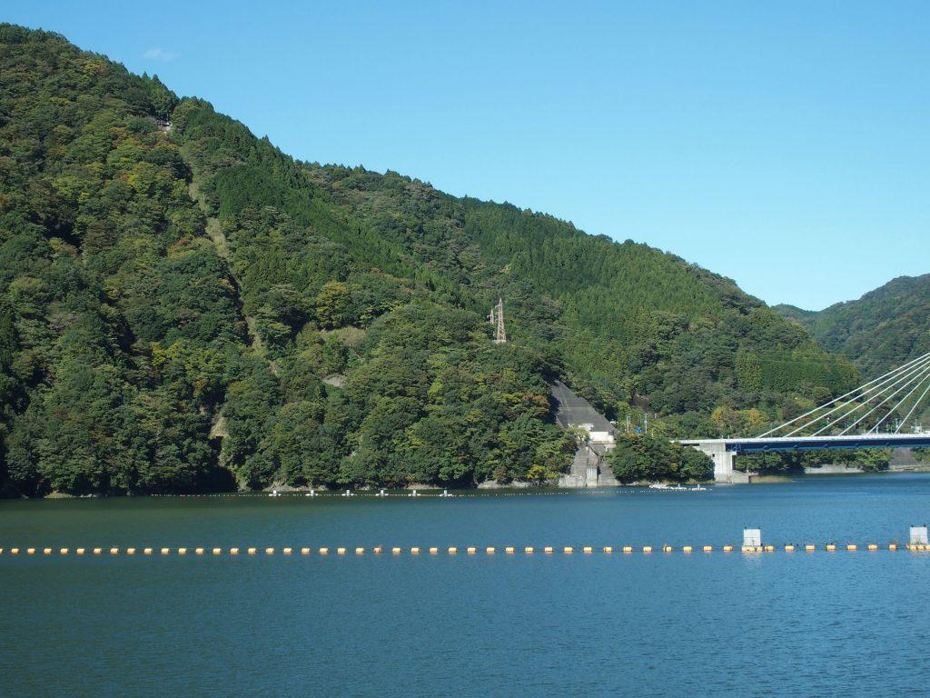 永歳橋、落合発電所、湖に下る送水管