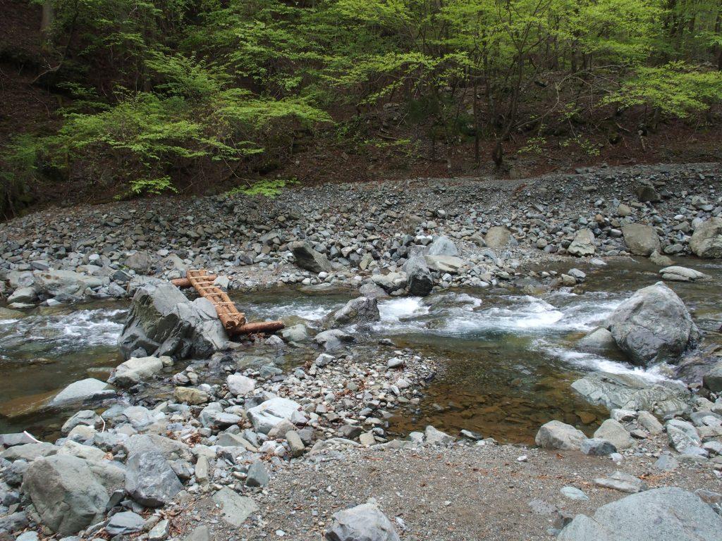 比較的川幅が広く、増水したらどうなるかは分からない