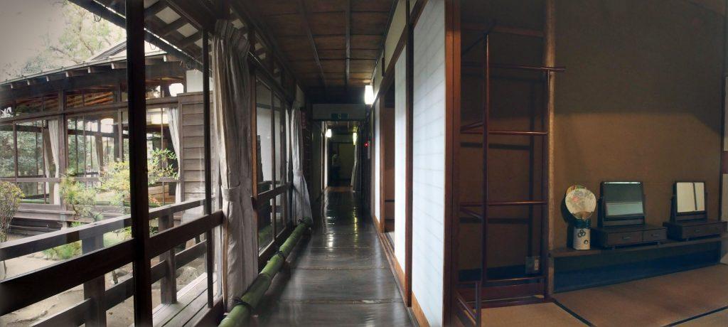 大隈邸の廊下